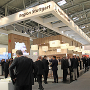 "Stand der Region Stuttgart auf der Expo Real 2016: Insgesamt 23 Partner betrieben unter dem Motto ""Home of Success"" Investorenwerbung und Standortmarketing für die technologiestarke Region Stuttgart."